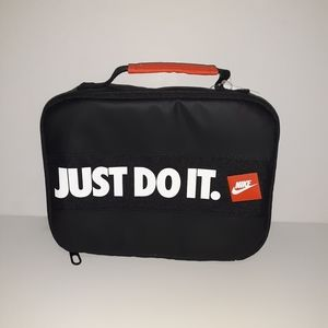 Nike Lunchbox with insulated plastic